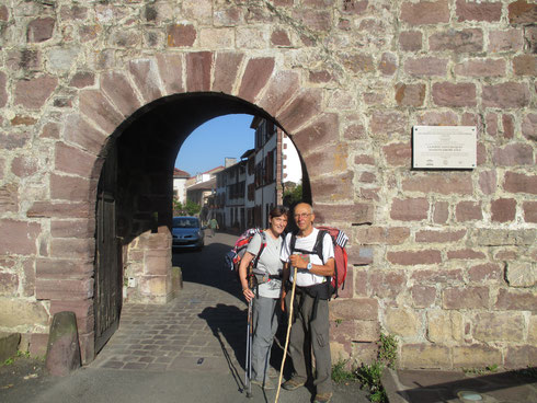 notre arrivée à Saint Jean Pied de Port