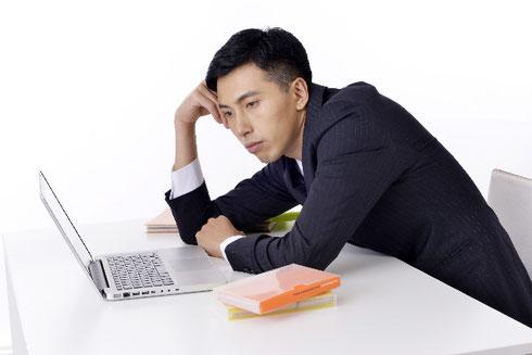 パソコンの不具合に気が付いて困る事業主