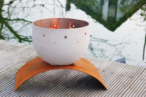 Feuerschale »Vesuv« mit vorgerostetem Stahlblech