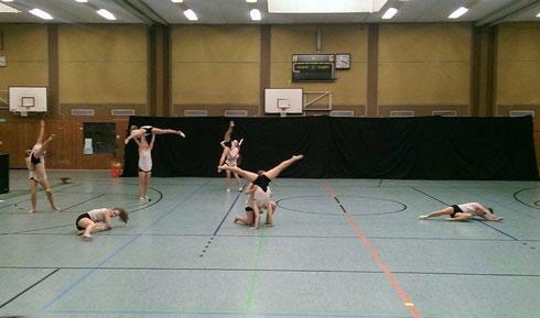 Dancelicious tanzt in Erkrath-Hochdahl am 17.04.2016 (Foto: Stefanie Baudis)