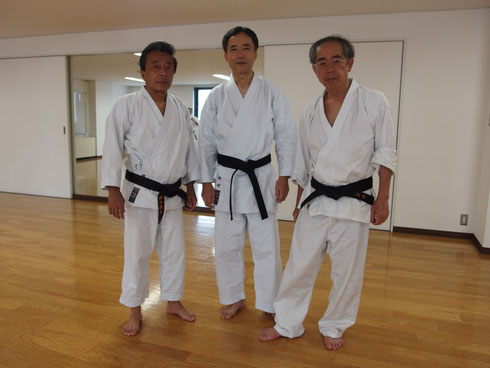 同期の仲間、左より岡田、北村、谷田