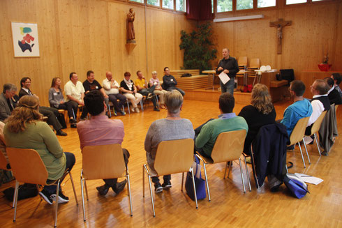 Austausch aller Pfarreräte aus der Seelsorgeeinheit am 3. Juni 2016 im Pfarreiheim Hinterforst.