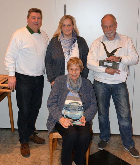 Sieger/innen des Abends von links: Harald Kernbach, Nadine Abmeyer, Klaus Specht, Rosemarie Stümpel (vorne)