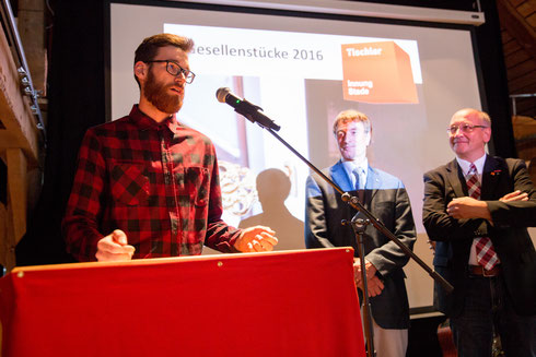 """Auch Klassensprecher Nils Bröhan bedanke sich bei allen, die """"uns Azubis in den letzten drei Jahren geholfen haben."""""""