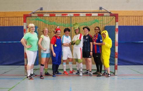 """Gelöste Stimmung beim """"Helden der Kindheit""""-Abschlusstraining (Foto: Fritz)"""