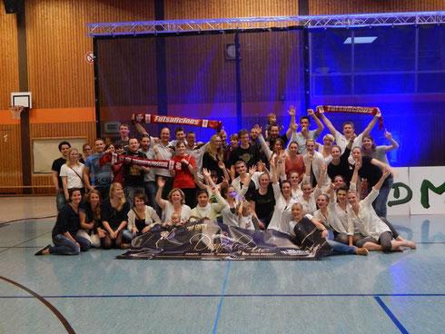 """Die Futsalicious Essen-""""Großfamilie"""" als TNW JMD-Verbandsligameister West 2014! (Foto: Sarah Gibson)"""