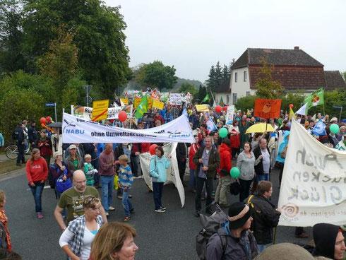 Engagierte Menschen aus dem Kreis Rotenburg gaben einen Samstag dran, um gemeinsam ein Zeichen gegen Agrarindustrie zu setzen