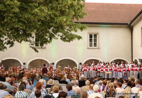 9. Juni 2018: Jubiläumskonzert Kienzlchor und Musikverein Waizenkirchen, Wasserschloss Weidenholz