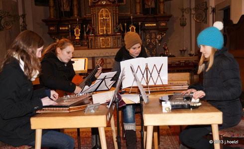 Saitenmusikgruppe der LMS Waizenkirchen, Einstudierung Elisabeth Schöringhumer