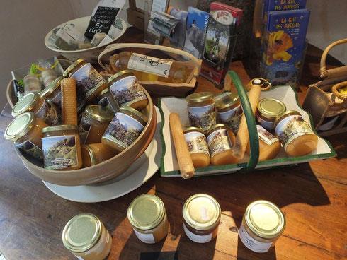 Des producteurs de fromage,mais aussi un lien fort avec le terroir Aspois et de notre région