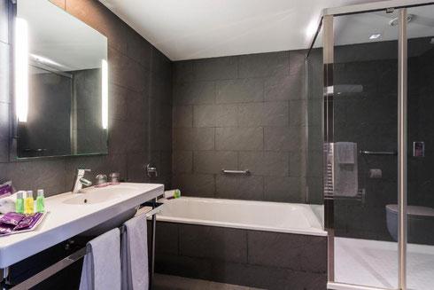 Четырехвездочные отели в районе Сантс-Монжуик (Барселона)
