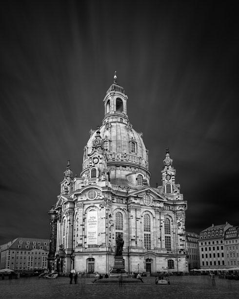 Frauenkirche - Dresden :: Copyright Martin Schmidt, Fotograf für Schwarz-Weiß Fine-Art Architektur- und Landschaftsfotografie aus Trier