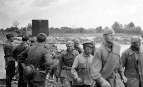 Красная армия переходит на сторону фашистов