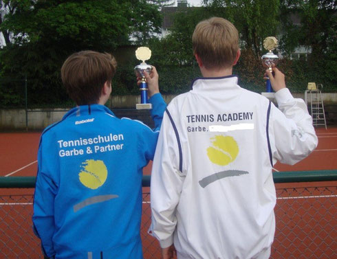 Tennishallenplatz mieten in Wuppertal