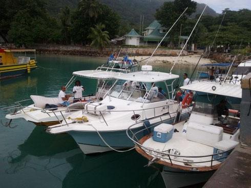 Seychellen angeln normale Boote