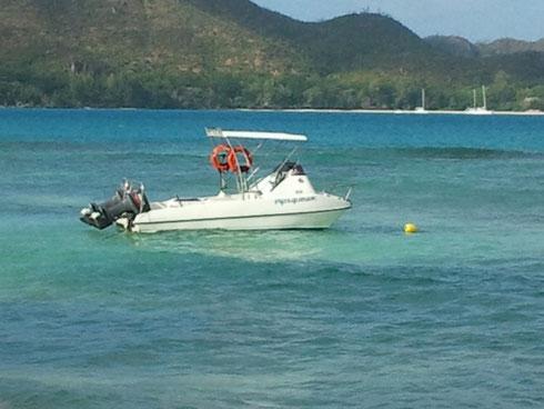 Seychellen angeln kleines Boot