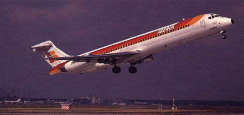 Postkarte mit einer MD-87 der Iberia