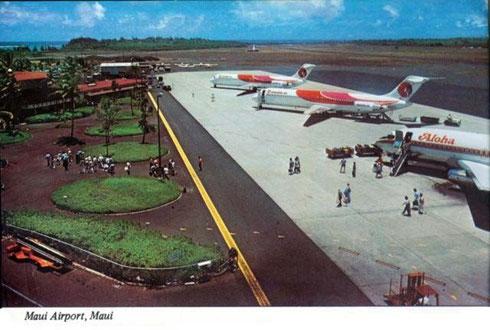 Zwei Hawaiian Air DC-9 und eine 737-200 der Aloha Airlines auf dem Flughafen von Maui/Postkarte