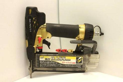 日立 55mm高圧仕上釘打機 NT55HM2高価買取致しました。