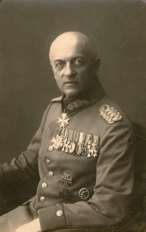 GenMajor v. Wegerer (Kommandeur RIR 92 von 1915-1917