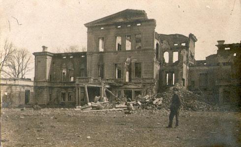 Zerschossenes Gebäude