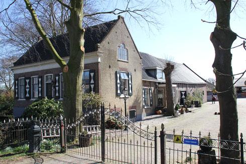 Boerderij Vierde Stationsstraat 450 Zoetermeer  gemeentelijk monument