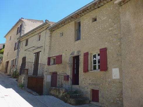 La Mélie Gite de France à Aurel en Provence maison de village à louer pour 7 personnes