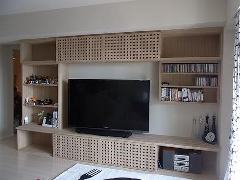 リビング タモ無垢材によるTV棚