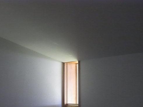 北窓の光り