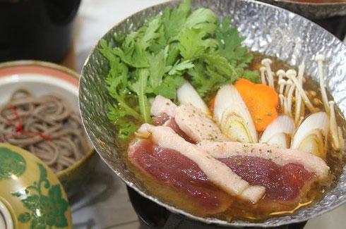 曽田屋(鴨南蛮鍋)↑