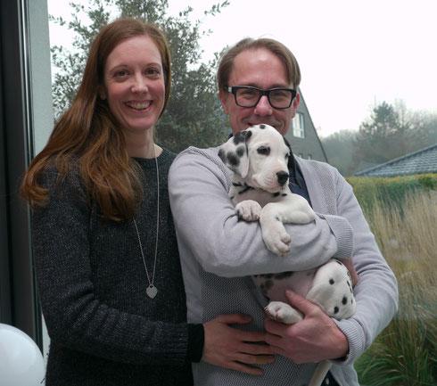 Die Tomallas aus Köln bieten unserer Erstgeborenen Ivy nun in und um Köln ein abwechslungsreiches Leben....