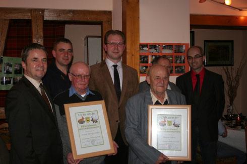 v.l. Landrat Michael Ziche, 2. Vorsitzender Rolf Schweigel, Horst Wergowski, LV-Vorsitzender Mike Hennings, Kurt Ilm und Bürgermeister Normen Klebe