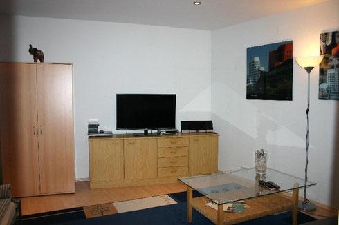 bungalow mit garten ferienwohnungen in d sseldorf. Black Bedroom Furniture Sets. Home Design Ideas