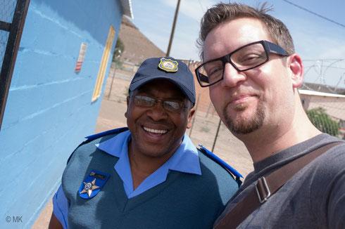 Officer J. Sauls und Marco