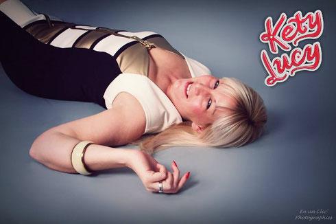 http://enunclicphotographie.wix.com/cf