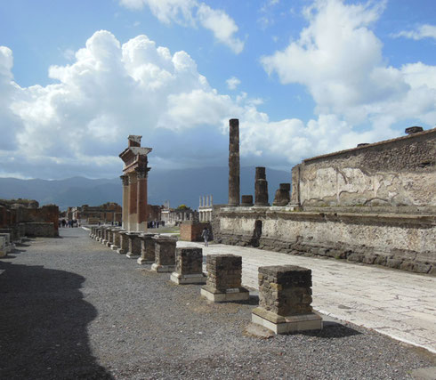 2013 A Visit to Pompeii is Exciting - An Entire City Rising from the Ashes