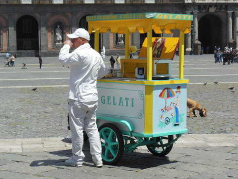 2013 It Was a Hot Afternoon in the Piazza Plebiscito in Naples - Gelato Looked Good