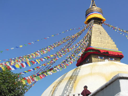 2013 Boudhanath Stupa, one of the largest in the world, is sacred to Tibetan Buddhists