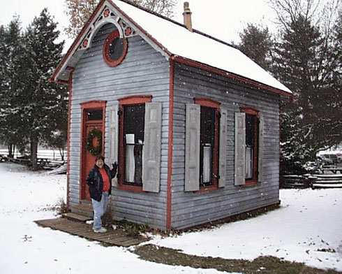 2009 On this Trip, We Visited the Landis Valley Museum - A Small Shop Building