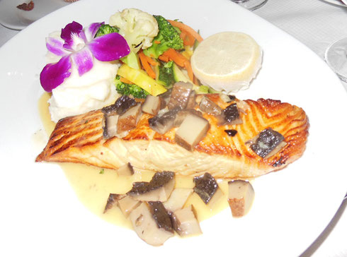 2016 New York City - Grilled Salmon with Mushrooms at Amarone on Ninth Avenue