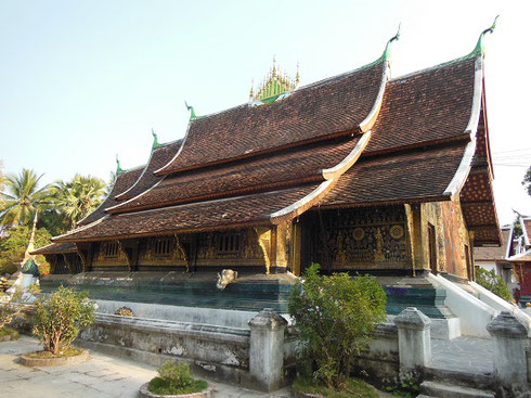 2015 The Temple of Xieng Thong Sim features an Elephant Fountain to one side