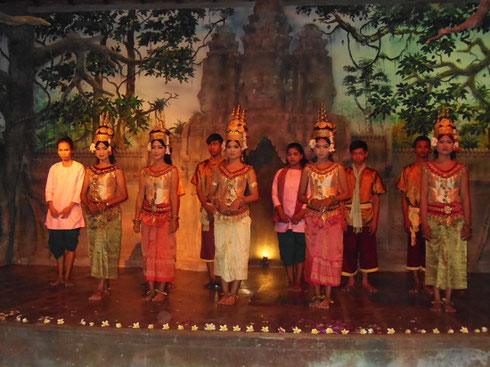 2015 Performers Pose after their Dance at the Cambodia Royal Angkor Theater
