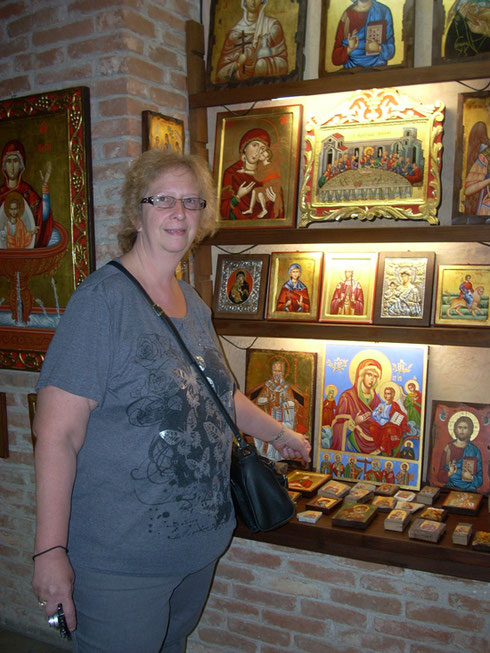 2011 Petkis - A Visit to an Icon Workshop where Old Traditional Methods are Honored