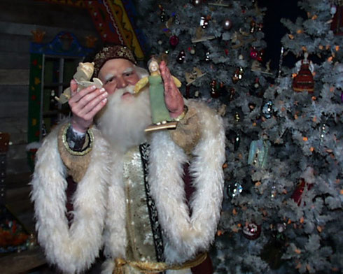 2009 Father Christmas at the National Christmas Center Welcomes Everybody