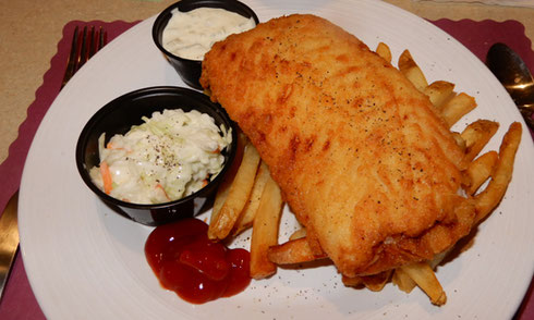2018 East Wareham, MA - Everybody loves the Fish & Chips at Lindsey's
