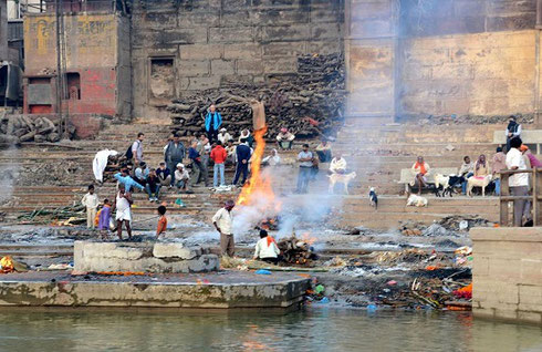 2013 Cremations taking place on the Ghats of the Ganges in Varanasi