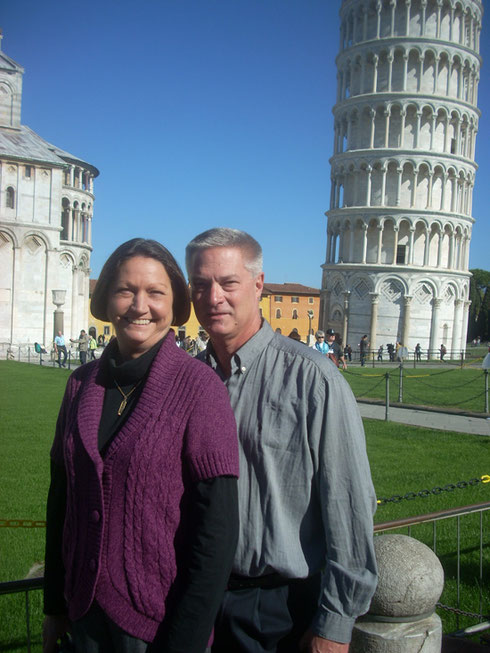 2012 What a Great Photo of Susan & Jack at the Leaning Tower of Pisa