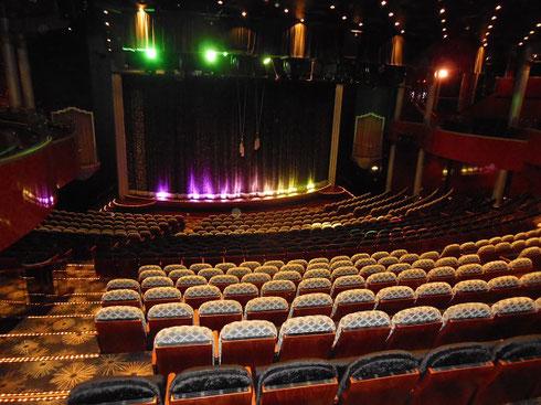 Enjoy Award-winning Entertainment nightly in the Stardust Theater aboard Norwegian Pearl