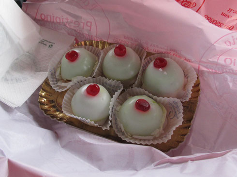 2011 Mimli are Sweets that Commemorate the Breast of Santa Babara once removed