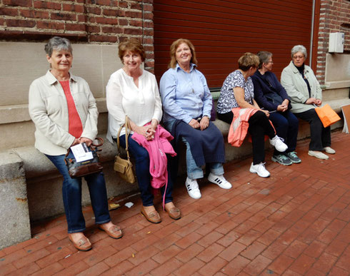 This group has seen the museum; done a little shopping; and now it's time to depart
